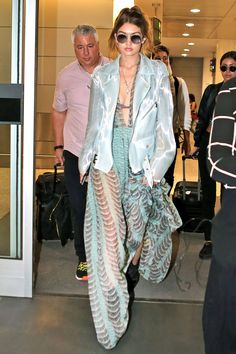 Gigi Hadid Basically Wore the Naked Version of a Princess Gown to the Airport - Total Street Style Looks And Fashion Outfit Ideas Estilo Gigi Hadid, Gigi Hadid Style, Love Fashion, Fashion Outfits, Woman Fashion, Fashion Design, Fashion Trends, Sheer Gown, Celebrity Style