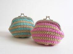 favorite+crochet | 15 Favorite Crochet Coin Purses to Make Saving Pennies Fun