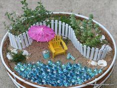 22 Miniature Garden Design Ideas to Enjoy Natural Beauty in City Homes and Small… - Container Gardening Beach Fairy Garden, Diy Garden, Gnome Garden, Fairy Gardening, Organic Gardening, Container Gardening, Beach Theme Garden, Seaside Garden, Garden Crafts