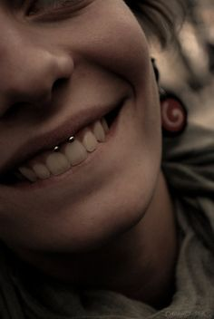 love the smiley ,saw this piercing in Germany a bunch,prob gonna get after septum? think they'd look good together