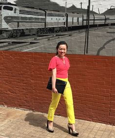 Elizabeth at blue boutique is looking gorgeous in these Banana Republic pants in buttercup and French Connection top.