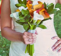 #bouquet #bride #wedding #calla lily (Photo: Scarlet O'Neill Photography)