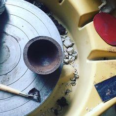 Its a mess... #keramik #keramikinwien #comissionwork #limitededitions #smalledition #blackandwhiteonly #blackandwhiteceramics #steinzeug