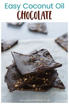 Homemade coconut oil chocolate bark - fun and easy chocolate recipe for kids Chocolate Cube, Coconut Oil Chocolate, Chocolate Bark, Chocolate Recipes For Kids, How To Make Chocolate, Homemade Chocolate, Recipe Using Coconut Oil, Homemade Coconut Oil, Easy Meals For Kids