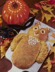 pumpkin owl bread for Halloween!