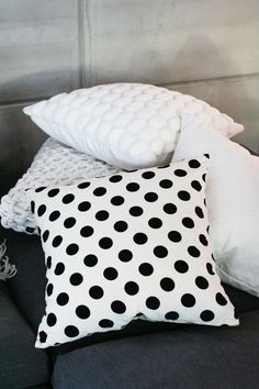 spotted pillow = a definite yes!