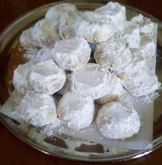 Κουραμπιεδες βουτύρου.!!! Pastry Art, Greek Recipes, Creative Cakes, Biscuits, Food And Drink, Cookies, Sweets, Sugar, Meals