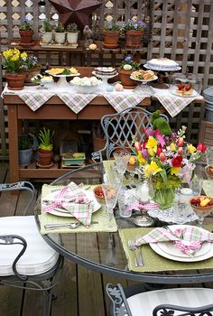 I want to have a ladies brunch at my house...