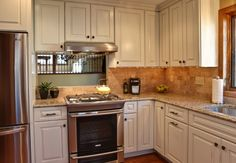 Opening up a closed in kitchen space traditional kitchen http://www.houzz.com/photos/695894/Opening-up-a-closed-in-kitchen-space-traditional-kitchen-minneapolis#