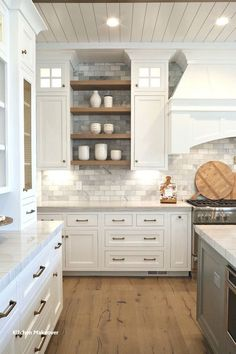 48 Rustic Farmhouse Kitchen Cabinets Makeover Ideas - Decorating Ideas - Home Decor Ideas and Tips Farmhouse Kitchen Cabinets, Kitchen Cabinet Colors, Rustic Kitchen, Farmhouse Kitchens, Kitchen Modern, Country Kitchen, Minimal Kitchen, Eclectic Kitchen, Farmhouse Sinks