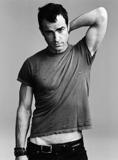 justin theroux....in some very low jeans.