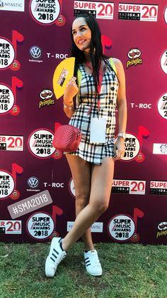 Elena Theodorou legs