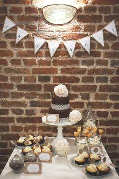 a little sweet vintage Wedding Dessert Bar Wedding, Dessert Bars, Dessert Table, Wedding Cakes, Party Buffet, No Bake Cake, Cake Decorating, Decorating Ideas, Sweet Recipes