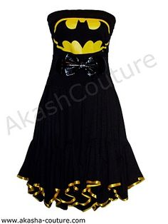 A lot of the Batman dresses out there look awful... Which is depressing because I love Batman. -_- But this isn't too bad. I like the bow, but not the bottom trim. :3