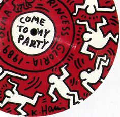Haring party invite Art Furniture, Keith Allen, Keith Haring Art, Party Invitations, Invites, Funky Art, New York Art, Red Aesthetic, Graffiti Art
