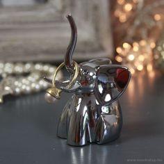 UMBRA - ZOOLA - Gyűrűtartó - Elefánt figurás   #mosdoshop #design #dizájn #homedecor #decor #dekoráció #decoration #roomdecor #roomdesign #furnishing #lakberendezés #lakberendezes #ékszertartó #jewelry #jewelry_box #elefánt #elephant #gyűrűtartó #ring_holder #zoola Jewelry Box, Kitchen Appliances, Rings, Home Decor, Jewellery Box, Diy Kitchen Appliances, Jewel Box, Home Appliances, Decoration Home