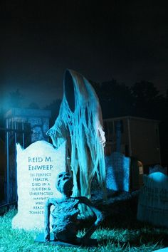 Halloween Graveyard!