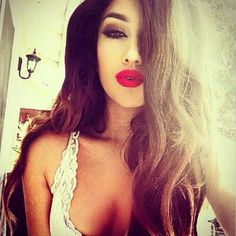 Make up ♡♥ red lips.