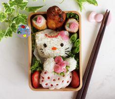 Hello Kitty Bride wedding bento   Bento Days