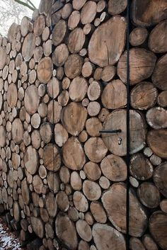 Log wall // Piet Hein Eek on http://brvndon.com
