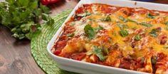 De tortilla's worden gevuld met een kruidig gehaktmengsel. En de tacosaus, die maak je zelf!