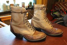 VINTAGE 2-TONE BULLHIDE LACE UP PACKER ROPER BOOTS 9 EE #LAREDO #CowboyWestern