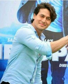 World wide famous reborn Micheal Jackson tiger shroff Boy Images, Actors Images, Tiger Shroff Body, Hd Photos Free Download, Tiger Love, Background Images For Editing, Galaxy Pictures, Indian Star, Hindi Actress