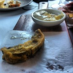 portobello mushroom fries with garlic truffle mayo @ buzo  http://eatahfood.blogspot.com/2012/09/blate-buzo.html