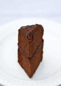 Paleo Chocolate Birthday Cake. GF/DF/V This is totally going to be my birthday cake :)