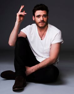 Session 030 - 2015 09 006 - Richard Madden Fan - the photogallery at