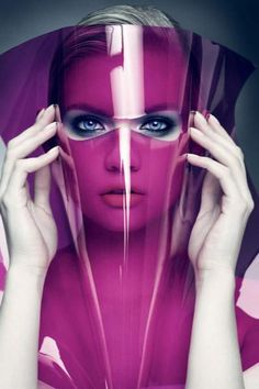 Futuristic Look, Purple, Perspex Foto Fashion, Estilo Fashion, Fashion Art, Editorial Fashion, Girl Fashion, Beauty Photography, Portrait Photography, Fashion Photography, Photography Lighting