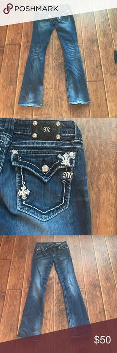 Miss Me jeans Miss Me Boot size 29 medium wash jeans Miss Me Jeans Boot Cut
