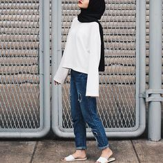 New style hijab simple outfits ideas Hijab Casual, Hijab Chic, Ootd Hijab, Modest Outfits, Simple Outfits, Casual Outfits, Fashion Outfits, Party Fashion, Classy Outfits
