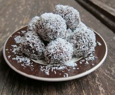 Make up a batch of these healthy chocolatey truffles and bring them to your next holiday party. Paleo and dairy-free.