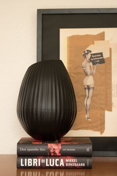 Fuhr Home has designed this vase in recycle aluminium. It is very decorative. Eco Label, New Nordic, World Of Interiors, Nordic Design, Recycled Materials, Home Textile, Scandinavian, Recycling, Vase