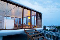 Werner Aisslinger Loftcube: la cucina ad isola di Bulthaup per il loft mobile