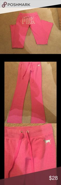 """VS pink cotton sweat pants Sz Xs . Like new . Like new Pink VS pink color cotton sweat pants Sz Xs/P 36"""" inseam . Price firm❌No low Ballers ❌No modeling❌No trades PINK Victoria's Secret Pants Track Pants & Joggers"""