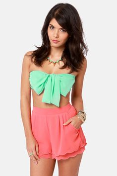 Check it out from Lulus.com! Sip on your umbrella'd cocktail and work on your tan in the Havana Cabana Mint Green Bandeau Top! This unique little tube top has minty chiffon wrapped into a bow, plus a stretchy knit back panel for fit. Front is lined. Model is wearing a size small. 100��0Polyester. Hand Wash Cold. Made with Love in the U.S.A.