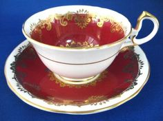 Cup And Saucer Aynsley Red White Gold Overlay 1950s Bone China - Antiques And Teacups - 1