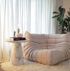 Comfy Bedroom Chair, Bedroom Sofa, Living Room Sofa, Home Decor Bedroom, Corner Couch, Bedroom Corner, Ligne Roset, Togo Sofa, Home Yoga Room