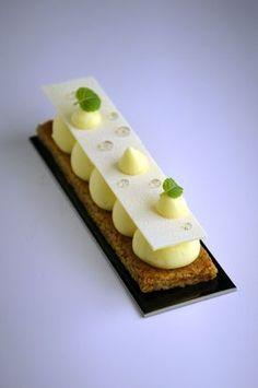 Contemporary lemon pie