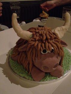 Highland Cow Cake. Adorable...I want one!