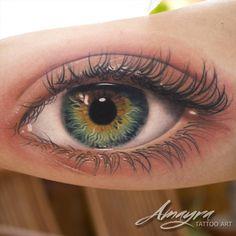 Read Complete Realistic Eye Tattoo On Bicep by Amayra 3d Tattoos, Skull Tattoos, Great Tattoos, Body Art Tattoos, Sleeve Tattoos, Tattoos For Guys, Ojo Tattoo, Bicep Tattoo, Piercing Tattoo