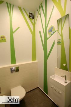 how simple wall design can make bathroom child friendly at-dental clinic Kindergarten Interior, Kindergarten Design, Clinic Design, Healthcare Design, Dental Office Design, School Design, Kids Toilet, Hospital Design, Toilet Design