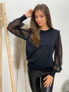www.facebook.com/budinn.sk Facebook, Tops, Women, Fashion, Moda, Fashion Styles, Fashion Illustrations, Woman