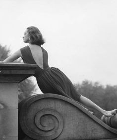Anne Klein nylon dress for Junior Sophisticates 1960s Fashion, Vintage Fashion, Mens Fashion, Vintage Style, Junior Dresses, Fashion History, Anne Klein, The Past, Image