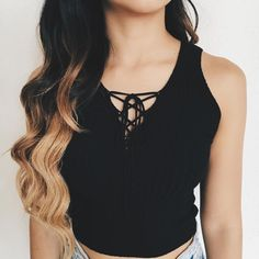 Melly Front Lace Knit Croptop (Black)
