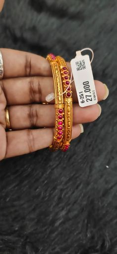 Gold Ring Designs, Gold Bangles Design, Gold Earrings Designs, Gold Jewellery Design, Hand Jewelry, Gold Accessories, Bangle Set, Gold Set, Durga