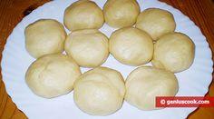 Ricetta per la Torta Napoleone – Gastronomia Geniale Hamburger, Bread, Food, Gastronomia, Food Cakes, Brot, Essen, Baking, Burgers