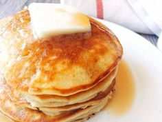 Amazing Melt in Your Mouth Sweet Cream Pancakes is the best recipe for pancakes! Also the recipe for Strawberry cheesecake Pancakes, Chocolate Peanut Butter Pancakes and Birthday Cake Batter Pancakes. Sweet Cream Pancakes Recipe, Butter Pancakes, Best Pancake Recipe, Pancake Recipes, Waffle Recipes, Carrot Pancakes, Ricotta Pancakes, Keto Pancakes, Buttermilk Pancakes